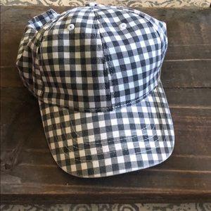 Black & White plaid hat